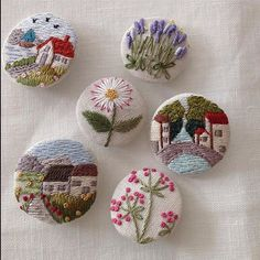 Supreme Best Stitches In Embroidery Ideas. Spectacular Best Stitches In Embroidery Ideas. Hand Embroidery Stitches, Silk Ribbon Embroidery, Embroidery Jewelry, Floral Embroidery, Embroidery Patterns, Art Textile, Fabric Jewelry, Handicraft, Needlework