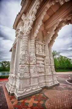 Indian Temple Architecture, India Architecture, Historical Architecture, Ancient Architecture, Beautiful Architecture, Temple India, Jain Temple, Hindus, Buddhists