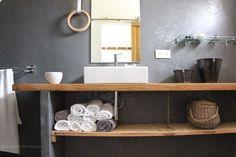 regardsetmaisons: Ma nouvelle salle de bain de béton et de bois - visite -