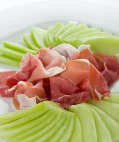 10 Low-Carb Snack Ideas: Prosciutto and Melon