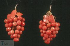 mid-19th century coral earrings shaped like grape bunches, Eastern Spain.