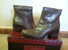 Donald J Pliner Darua Camel Distressed Antiqued Metallic Leather Ankle Boots 7 M