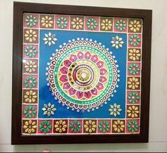 Lippan mud and mirror kaam from Gujarat India. Clay Wall Art, Mural Wall Art, Clay Art, Mirror Painting, Mirror Art, Mural Painting, Christmas Cards Drawing, Rajasthani Art, Tanjore Painting
