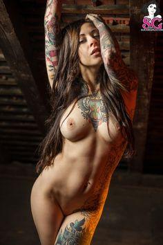 full body naked tattooed lady