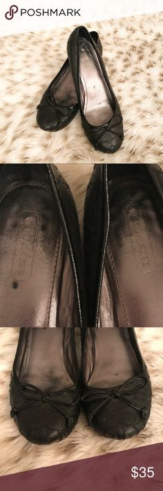 Coach Black Heels Coach black size 7 mini chunky heels! Gorgeous shoes! Perfect for business / work ! Shows some wear on lower front of shoe. She 4th pic. Other than that it's in pretty great condition. Heel is just a little over 1 inch. Coach Shoes Heels