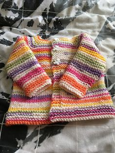 Babbity Baby Jacket : Ravelry: Babbity Baby Jacket pattern by marianna mel : Babbity Baby Jacket : Ravelry: Babbity Baby Jacket pattern by marianna mel Baby Cardigan Knitting Pattern Free, Baby Sweater Patterns, Crochet Baby Cardigan, Baby Hats Knitting, Baby Knitting Patterns, Baby Patterns, Crochet Hats, Booties Crochet, Knitted Baby Clothes