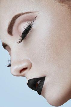 Maquilleuse Professionnelle Toulouse, Julie Roux Maquilleuse, Lèvres artistiques - Make Over Me Julie Roux Maquillage Toulouse