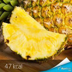 Küçük bir tüyo: Pürüzsüz ve pırıl pırıl bir cilt için günde bir dilim ananas yiyebilirsin