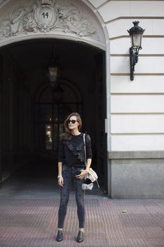 black cat jeans looks - Lady Addict