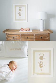 @Alli Stuhr  this is adorable. Beautfiul, simple newborn photo!