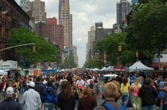 Shopping in NEW YORK – the city shopping guide HELL'S KITCHEN FLEA MARKET , NY