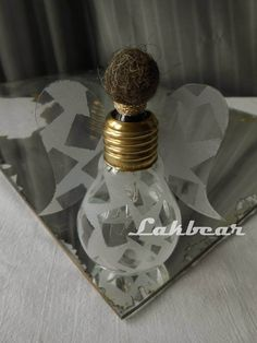 Lakbear has shared 1 photo with you! Diy Recycle, Recycling, Perfume Bottles, Photos, Pictures, Perfume Bottle, Upcycle