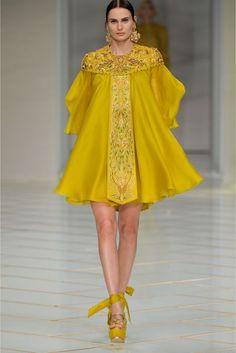 Guo Pei primavera / verano 2016 colección de alta costura   Vogue británica