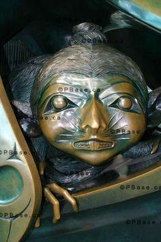 The Spirit Of Haida Gwaii Sculpture By Bill Reid, Sculpture By Bill Reid Canada Stock Photos - Royalty Free Vancouver Stock Photographs Native Art, Native American Art, Bill Reid, Haida Gwaii, Haida Art, Tlingit, Totem Poles, Indigenous Art, Canadian Artists