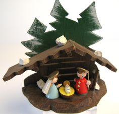 Vintage Sevi nativity scene, Made in Italy 1950's.