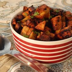 Indian Curry Potato Fries Fried Potatoes Recipe, Fries Recipe, Diced Potatoes, Indian Curry, Healthy Dishes, Potato Recipes, Salt And Pepper, Cooking Recipes, Vegetarian