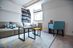 Renovation & refurbishment of a studio flat in the heart of the city of London. The result is a stylish, modern bijou flat with beautiful design detail and clever use of space. Contact us for further information on sales@batterseabuilders.co.uk