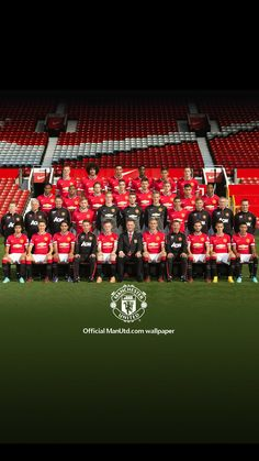 The Manchester United squad pose at the annual club photocall at Old Trafford on September 2014 in Manchester, England. Get premium, high resolution news photos at Getty Images Manchester United Team, Manchester United Wallpaper, Official Manchester United Website, Forever Manchester, Squad Photos, Team Photos, Man Utd Squad, Nba, Tennis
