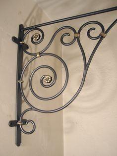 Wrought Iron Handrail, Metal Bending Tools, Grill Door Design, Iron Gate Design, Style Ancien, Iron Wall Decor, House Front Design, Iron Furniture, Iron Art