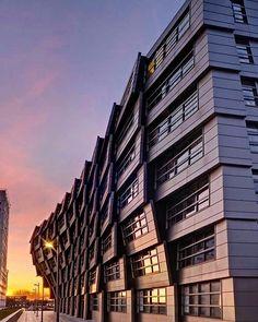 "Block 16 ""The Wave"" by René van Zuuk Architects. # Everyone Modern Architecture Design, Futuristic Architecture, Sustainable Architecture, Residential Architecture, Amazing Architecture, Parametric Architecture, Architecture Sketchbook, Pavilion Architecture, Victorian Architecture"