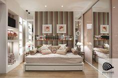 este quarto, os móveis são brancos, mas detalhes é que deixam tudo super feminino: listras, flores e objetos decorativos com estas estampas