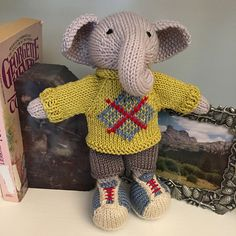 Ravelry: Project Gallery for patterns from Little Cotton Rabbits Knitting For Kids, Knitting Ideas, Knitting Projects, Hand Knitting, Knitting Patterns, Pet Toys, Doll Toys, Origami, Knit Animals