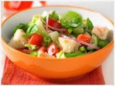Salada Árabe com Pão Sírio (vegana)