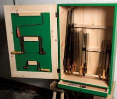 Cabinetmaker's Tool Chest | Popular Woodworking Magazine Popular Woodworking, Woodworking Bench, Woodturning Videos, Router Table Plans, Router Plane, Table Saw Sled, Tool Stand, Shop Cabinets, Adjustable Table