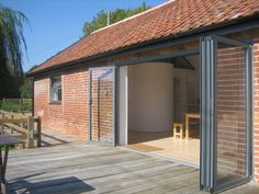Listed Barn Conversion Suffolk to Best of Suffolk Holiday Let exterior