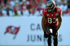 Tampa Bay Buccaneers WR Vincent Jackson will look to continue his strong campaign in We breakdown the fantasy implications. Vincent Jackson, Tampa Bay Buccaneers, Wide Receiver, Fantasy Football, Football Players, Sports, Men, Soccer Players, Hs Sports