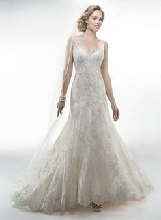 Maggie Sottero Jocelyn Wedding Dress. Maggie Sottero Jocelyn Wedding Dress on Tradesy Weddings (formerly Recycled Bride), the world's largest wedding marketplace. Price $800.00...Could You Get it For Less? Click Now to Find Out!