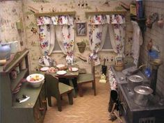 Google Image Result for http://img.ehowcdn.com/article-new/ehow/images/a04/h9/1f/design-miniature-doll-house-800x800.jpg