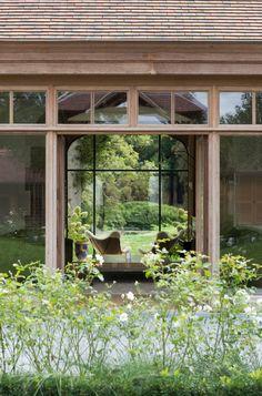 #houten_ramen_deuren #eik #afrormosia #moabi #afzelia #kwaliteit #duurzaamheid #afwerking #premium_lifestyle #outdoor #poolhouse #orangerie #home_office #garden_office #ervaring #innovatie #tuin #landelijk #manoir #cottage #fermette #country #made_in_belgium #vergrijsd #hout #guesthouse #architectuur #architecture #rustique #rustiek #sfeer #warmte #natuur #ecologisch_landhuis #Belgian_house #cosy #Brugs_raam #schuurpoort #staldeur #herenhuis #country_house #farm #tuinpoort #knokke #manoir