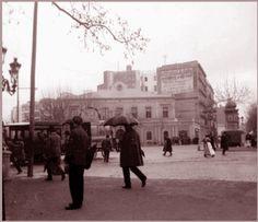 MI VIDA Y MI HISTORIA     Universitat 1877, Alfonso XII, Recepción durante su visita a la exposición en Barcelona.     Derribo de los balua...