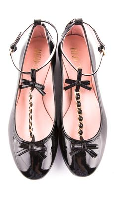 Valentino Bow Ballerina Flats ღ Sock Shoes, Cute Shoes, Me Too Shoes, Shoe Boots, Flat Shoes, Zapatos Shoes, Shoes Sandals, Valentino Flats, Valentino Red