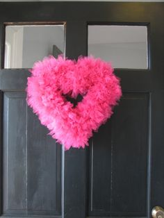 Directions for making this Valentine tulle wreath. cozy at home: valentine's tulle wreath