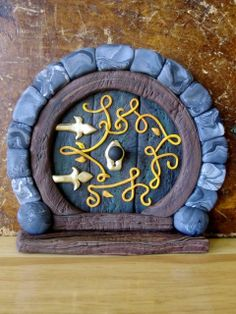 Creator's Joy: Hobbit Doors out of Fimo or Sculpey: polymer clay fairy house