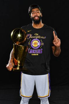 Football And Basketball, Basketball Players, Basket Nba, Lakers Wallpaper, Rapper Outfits, Nba Championships, Dennis Rodman, Painting Art