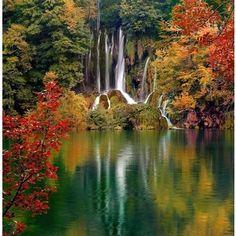 Plitvice Lakes in full foliage, Croatia, croatia, lake, autu ...