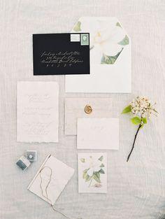 Wedding invitation idea; Featured photographer: Valentina Glidden Photography