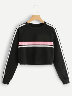 Hoodies Women Sweateers Casual Sweatshirt Hoddies Kpop O-Neck Splicing Stripe . Read more The post Hoodies Women Sweateers Casual Sweatshirt Hoddies Kpop O-Neck Splicing Stripe Pullover Sweatshirt Dropshipping appeared first on How To Be Trendy. Casual Skirt Outfits, Cute Comfy Outfits, Crop Top Outfits, Stylish Outfits, Girls Fashion Clothes, Teen Fashion Outfits, Fashion Women, Fashion Boots, Hoodie Sweatshirts