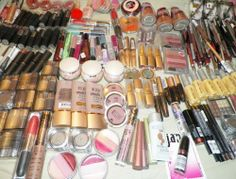 16 Assorted Mixed Makeup Lot You Get Items Out Of Many Bulk Assortments New