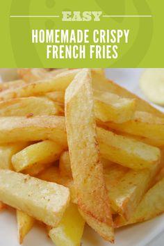 no-fry French Fries Recipe: Super Crispy Homemade French Fries Crispy French Fries, French Fries Recipe, Homemade French Fries, Homemade Fries In Oven, Healthy French Fries, Oven Baked French Fries, Best French Fries, Healthy Snacks, Healthy Recipes