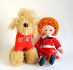 Vintage Little Orphan Annie Doll and her dog Sandy Stuffed Animal Knickerbocker 1970s Toys 1980s Toys Musical