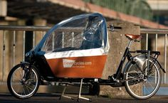 Google Image Result for http://clevercycles.com/blog/wp-content/uploads/2010/11/bakfiets-cargo-bike.jpg