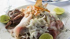 El restaurante Lung Kong está situado dentro del Barrio Chino, sin embargo sólo una parte de los platos de su carta siguen la cocina china.