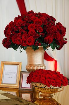 How elegant are these fresh roses arranged in gilded urns for a wintery wedding? Dusty Rose Wedding, Red Wedding, Wedding Events, Wedding Flowers, Wedding Day, Red Rose Bouquet, Valentines Day Weddings, Christmas Centerpieces, Wedding Designs