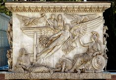 Apotheosis of Antoninus Pius and Faustina. Decursio relief, base of the Column of Antoninus Pius. White Italian marble. 161 A.D. Height 2.47 m, width 3.38 m. Rome, Vatican Museums, Cortile delle Corazze.