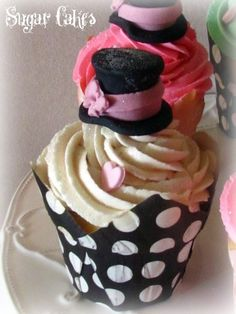 """""""MAD HATTER"""" by Sugar Cakes"""