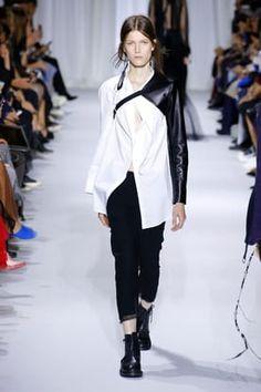 Ann Demeulemeester, Fashion Show, Runway, Normcore, Spring Summer, Coat, Model, Jackets, Cat Walk
